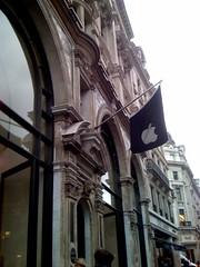apple flag london regent