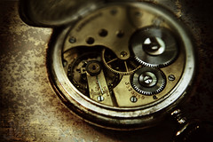 Back of Time (koinis) Tags: texture clock wheel john rust longines watermark gearwheel textur klocka kugghjul diamondclassphotographer koinberg koinis vattenstmpel