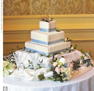 blue-wedding-cake por tibimages.