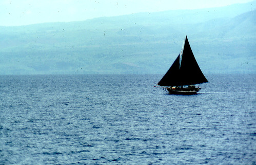 Makasar sailboat near Sumbawa, Oct 28, 1975