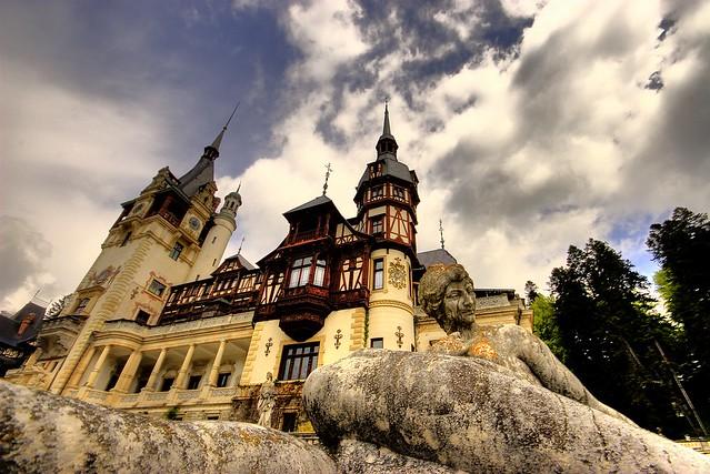 Romania-Castelu-Peles