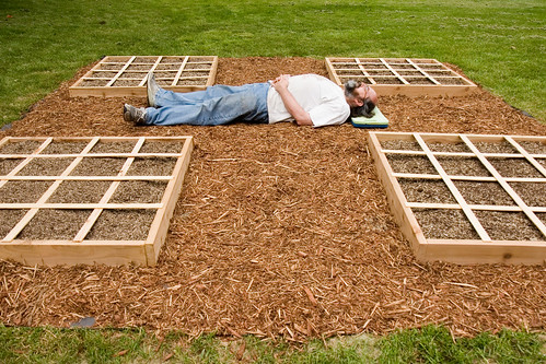 Comfortable Garden Bed