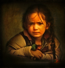 ~ Pensive... (CoSurvivor) Tags: portrait india texture girl child indian processing photoart platinumphoto cosurvivor texturesforlayers theunforgettablepictures platinumheartaward goldendiamondblog obramaestra elitegalleryaoi textuires