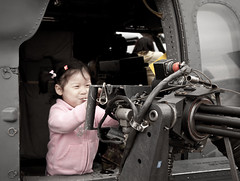 Little Girl, Big Gun (ep_jhu) Tags: cute girl airplane airshow dcist gatlinggun jsoh andrewsafb alphabetgame
