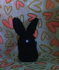 bunny black(side- hearts bg)