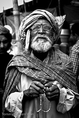 Old Man (TGKW) Tags: old pakistan portrait people blackandwhite man beggar elderly karachi