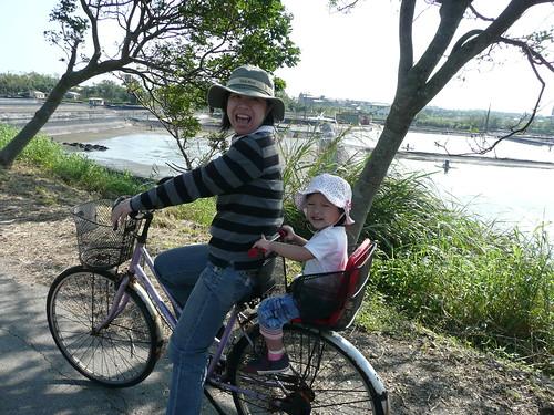 冬山河騎腳踏車