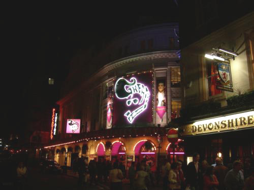 Grease en el Picadilly Theatre