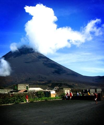 vulcão - fogo