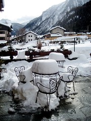 Courmayeur Xmas 2007 - 5 (nuthinking) Tags: snow courmayeur maisonlocampagnar
