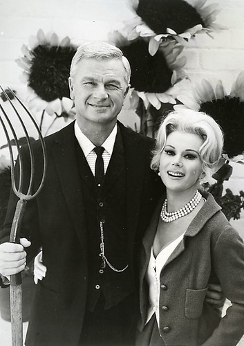 Eddie Albert and Eva Gabor by martinstreisand.