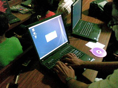 LUG Manipal Fedora 8 Install Fest