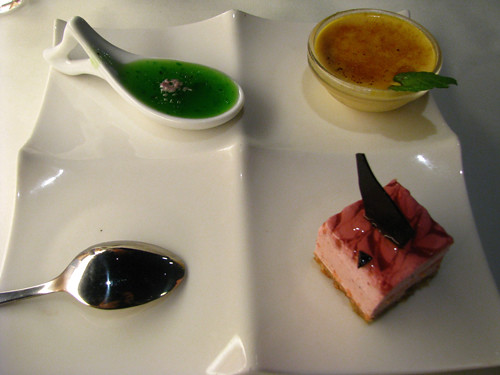 Kiwi Fruit Jelly + Pumpkin Burlee + Strawberry Mousse