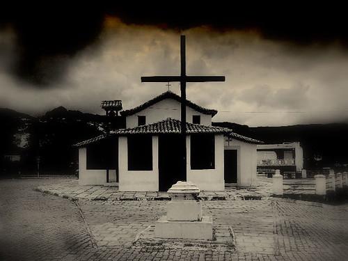 Igreja Abandonada 2225998540_4f4ecf6852