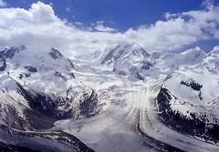 grenzgletscher e Liskamm (g.fulvia) Tags: winter snow mountains nuvole natura glacier neve monterosa alpi montagna ghiacciaio grenzgletscher liskamm mailciler fenomeninaturali linguadiablazione