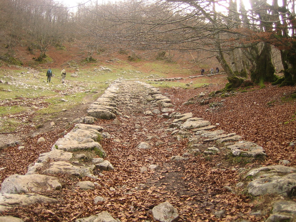 camino san adrian santiago aitzgorri