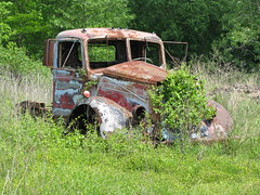 Rusting Old Truck (dbro1206) Tags: abandoned truck canon junk rust rusty resting decayed
