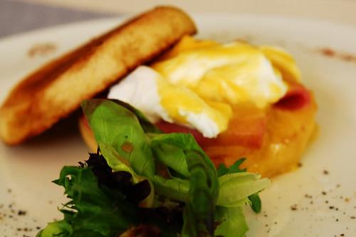 Classic Eggs Benedict - (DSC_3037)
