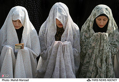 pray (chador lover) Tags: white sefid namaz goldar chador