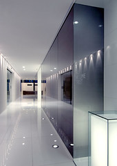 Lloyds - Corridor 02 (M Moser Associates | Interior Design Architecture) Tags: guangzhou china new york uk england usa india white inspiration london architecture america corporate hongkong gold grey idea design construction singapore asia europe shanghai pacific interior delhi united beijing taiwan award engineering associates db minimal hong kong international malaysia workspace workplace environment shenzhen merit taipei states kuala awards build moser ideas interiordesign built lloyds offices lumpur global association workspaces workplaces aia frederic mmoser nitschke noncoloursincolour apida mmoserassociates