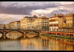 Florence (CGoulao) Tags: city bridge houses cidade urban italy building tourism rio river florence italian tourist historic ponte frame firenze arno casas turismo florena itlia italians italiana edifcio turista ladscape margem 5photosaday abigfave colorphotoaward impressedbeauty superaplus aplusphoto top20travel superbmasterpiece diamondclassphotographer flickrdiamond ysplix excellentphotographerawards fiveflickrfavs flickrphotographeraward goldstaraward alemdagqualityonlyclub flickrstruereflection1 flickrstruereflection2 flickrstruereflection3 flickrstruereflection4 flickrstruereflection5