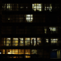Rectora (3:14) Tags: windows mexico noche df cu ventanas curtains unam fachada offices ciudaduniversitaria dflickr silhouetttes recotra dflickr110408