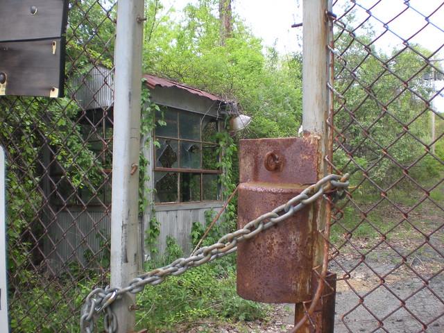 Guard House by  estatik