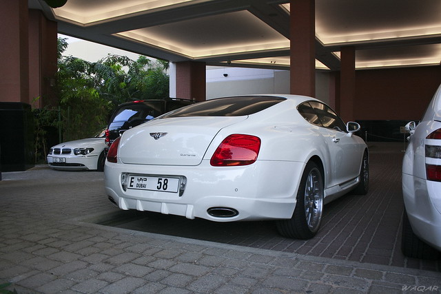 white mall dubai uae continental emirates moe gt canonefs1855mm bentley w12 bentleycontinentalgt grandtourer canoneos400d