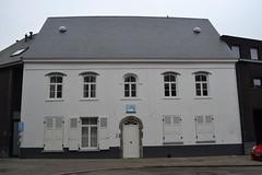 Herberg De Zwaan, Alsemberg (Erf-goed.be) Tags: herberg afspanning dezwaan beersel alsemberg archeonet geotagged geo:lon=4337 geo:lat=507418 vlaamsbrabant