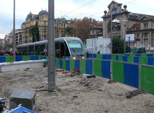 mess-tram-40817