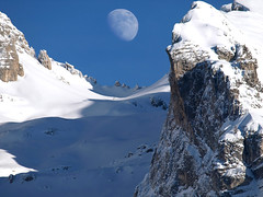 The Moon always shines on Dolomites (steve_steady64) Tags: winter italy moon white mountain snow mountains nature montagne reflex amazing wind pass olympus luna neve discovery inverno montagna bianco soe trentino dolomites dolomiti brenta madonnadicampiglio vento passo takeabow zd supershot zuikodigital abigfave superaplus aplusphoto diamondclassphotographer flickrdiamond thatsclassy colourartaward platinumheartaward top25blue 2008stevegatto stevegattofolgarida spiritofphotography sacredmoon 200mmed