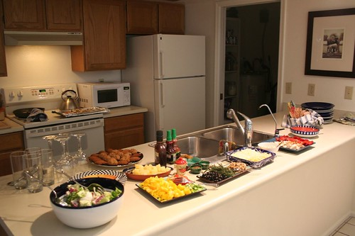 pizza and salad stations, pre-crowd
