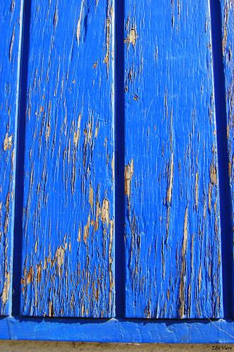 De um lado terra, doutro madeira... por Edu Viero.