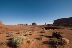 Monument Valley (whc7294) Tags: arizona usa utah butte navajo monumentvalley mesa sigma1020mm merrickbutte leftmitten rightmitten sentinelmesa