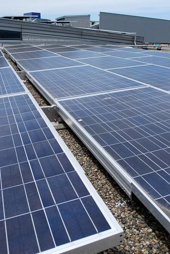 Google Solar Roof >> Touring Google S Solar Panel Installation Jasonmorrison Net