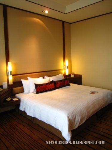 amari double bedroom