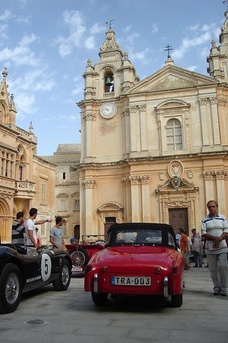 Classic Car Concours, Pjazza San Pawl, Mdina, Malta