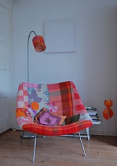 Oyster chair by Pierre Paulin (ATLITW) Tags: pink red colour vintage handmade retro textile blanket eclectic homedecor