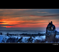 Winter evening (Mariusz Petelicki) Tags: winter sunset castle evening poland polska zima hdr zamek wieczr littlestories tczyn canon400d aplusphoto theperfectphotographer picswithsoul mariuszpetelicki