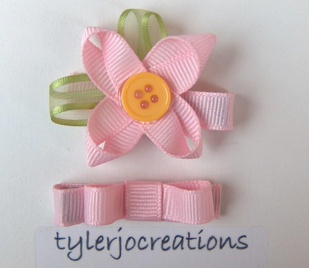Pretty Pink Flower Clippie