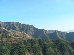 Vasota (ameet_on_line) Tags: india trekking western maharashtra ghats sahyadri konkan vasota koyna nageshwar
