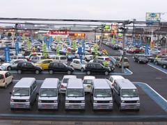 Car Dealership (Andy961) Tags: car japan automobile chiba minivan dealership