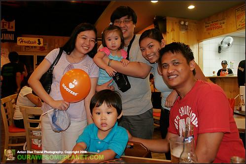 Hooters Manila-9