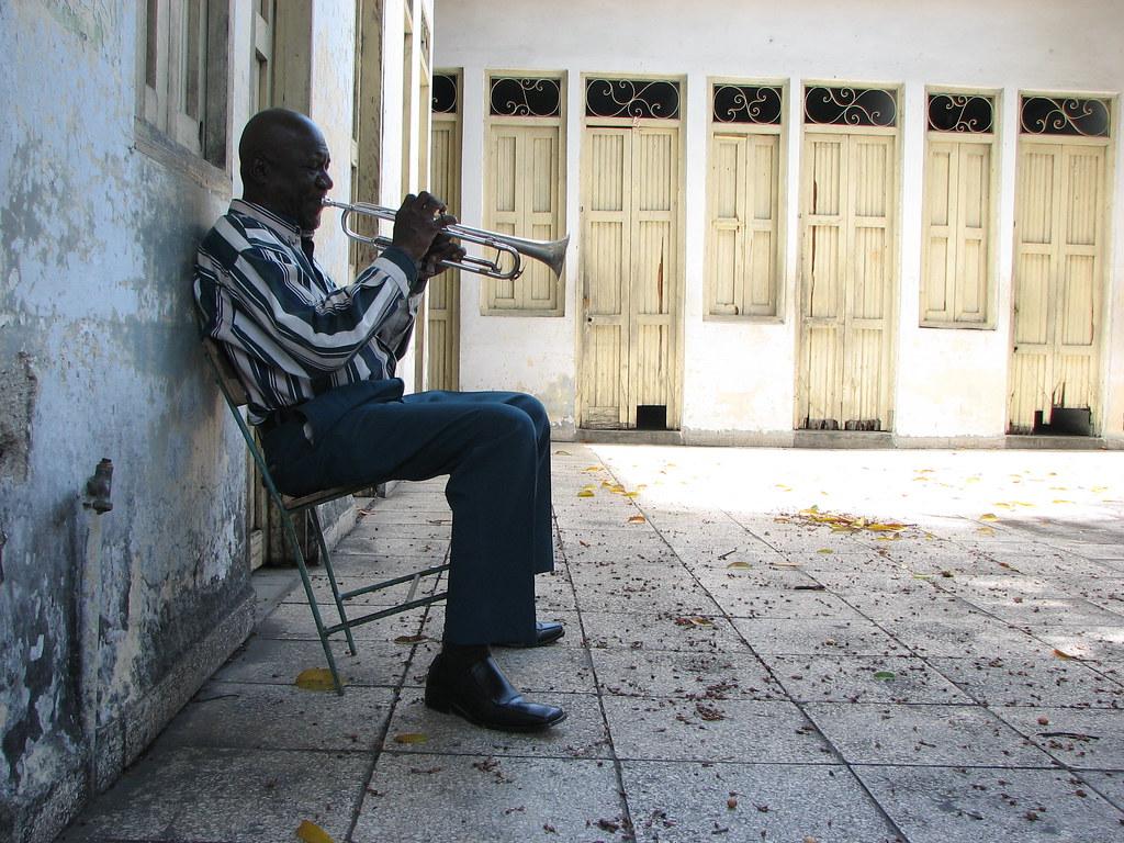 Trumpet player in Santiago de Cuba