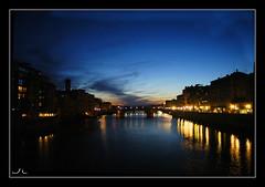 Blau nit (Jordi StQgat) Tags: color nikon pont firenze arno blau nit pontevecchio posta vecchio riu florncia jordisqgat