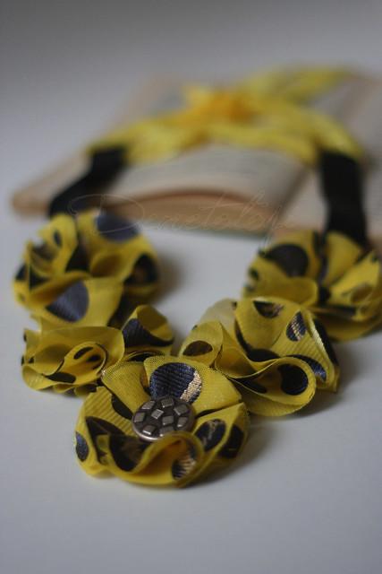 sarı kolye