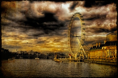 The Eyes Of London (BarneyF) Tags: light shadow sky london eye thames river hdr 25faves mywinners superbmasterpiece diamondclassphotographer flickrdiamond superhearts proudshopper theperfectphotographer