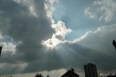 Clouds & Skies (Liam Shears) Tags: weather lumix october panasonic sunbeams 2007 raysoflight outdoorphotography cloudsskies diamondclassphotographer flickrdiamond dmcfx100