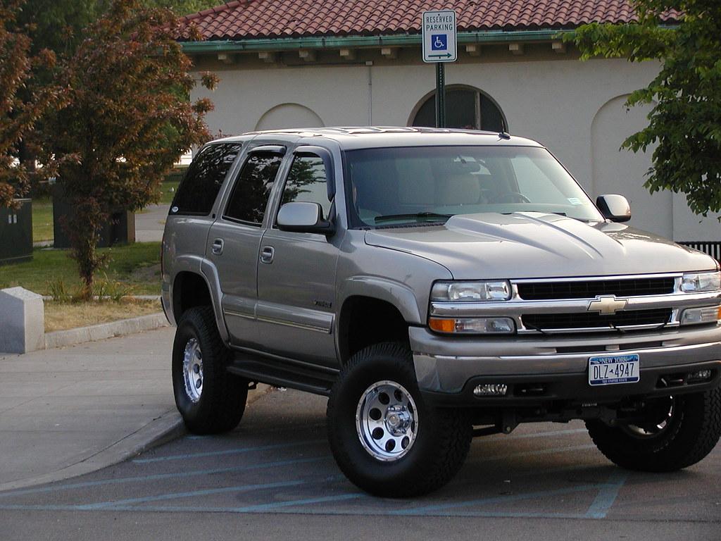 2004 tahoe lifted car interior design