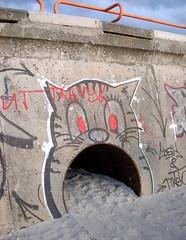 Tallinn - Pirita tee (Jesper2cv) Tags: urban streetart beach strand cat gris graffiti coast kat chat tallinn estonia boulevard gray grau tags baltic katze grijs talinn estland kust baltikum oostzee ostzee